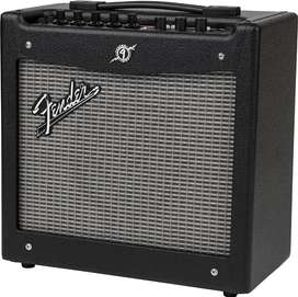 Fender Mustang 1 Electric Guitar amplifier 20W modelling effects 1X8in