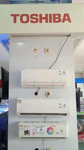 AC Toshiba ½ Pk Watt Rendah