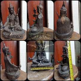 Patung dewa Bahan Perunggu Tua