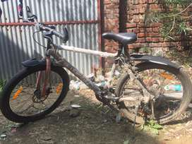 Available for sale a first class Avon mountain cycle.