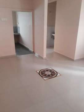 2bhk flat out reat in good looking in cha+la