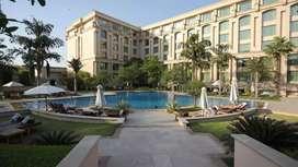 Hotel m waiter ki post pr vacancy