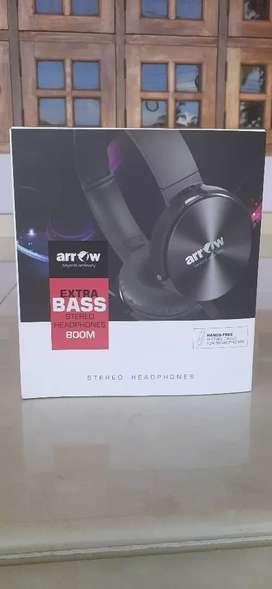 Arrow headphones