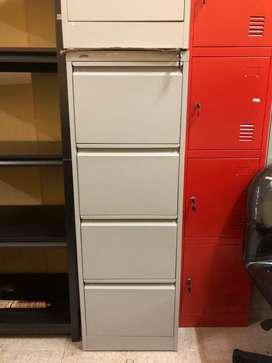 Filing Cabinet / Lemari Besi / Lemari Arsip / Lemari Kantor 4 Laci