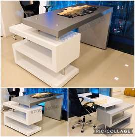 S shaped office tables in any colour combination straight from factory
