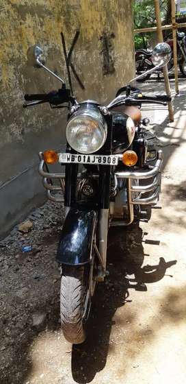 Royal Enfield Classic 350 good condition all paper