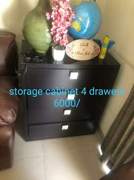 House hold furniture in very good condition