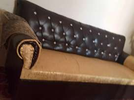 Used sofa set in excellent condition