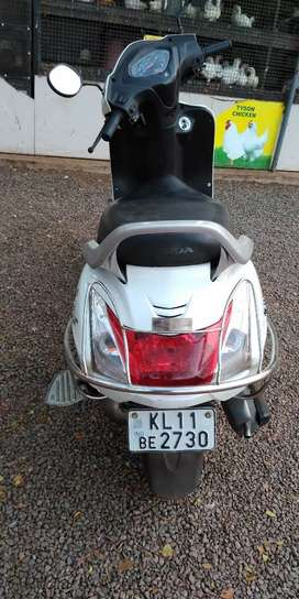 Good condition activa 3g argent sale call immediately