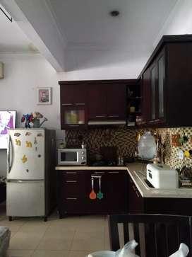 Dicari pegawai rumah tangga untuk memasak dll