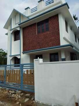 3 bhk 1400 sqft new build house at varapuzha koonammav area