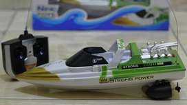 Kapal Remote / RC Boat (BARU) Ready