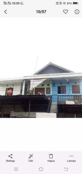 Dijual 1 rumah besar sebagian di jalan bratang gedhe