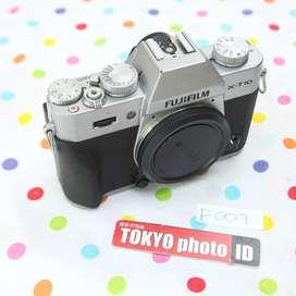 Fuji XT-10 Silver (D497)