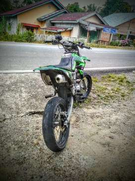 KLX 150 S modif supermoto