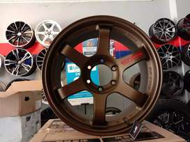 VOLKRAYS TE37 SUV RING 18X9.0 PCD 6X139.7 ET0 BRONZE ON PAJERO BLAZER