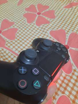 PS4 controller dualshock 4 almost new