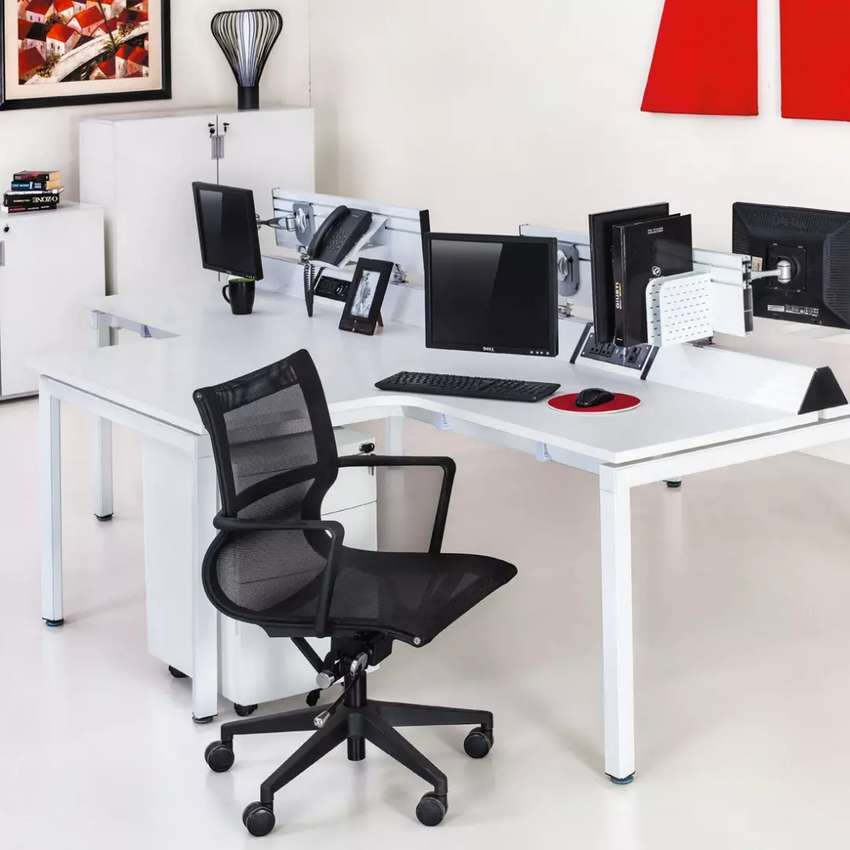 0333,5233555,Shops Available Offices Constriction ,IT,Softwear House , 0
