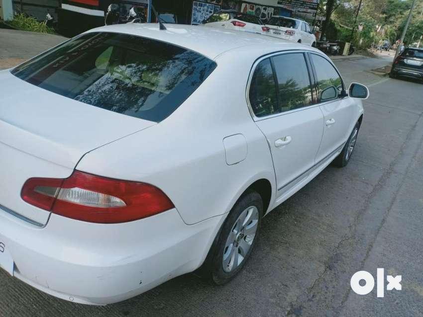 Skoda Superb Elegance 2.0 TDI CR Automatic, 2009, Diesel 0