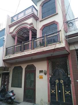 100 YARD DUPLEX HOUSE ONLY 68 LAC (BANK COLONY GARH ROAD)