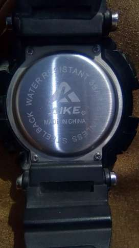 Water proof digital watch original