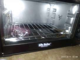 Baking oven. Grill oven. Brand new