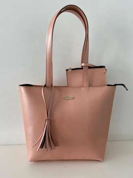 Purse available in low prices