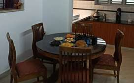 Dinning Table + 5 Chair