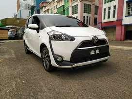 Toyota New Sienta V CVT 2017