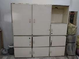 Wardrobe with 8 boxes