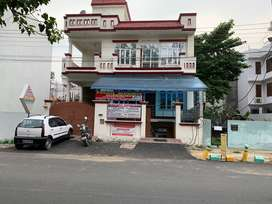 Commercial space at main road in gomti nagar near railway station