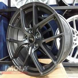 Velg mobil raicng murah ring 18 HSR wheel baut 5x114,3 Gresik
