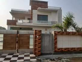 New built kothi ,with 3bed room +3bath room +dressing rooms+big lobby
