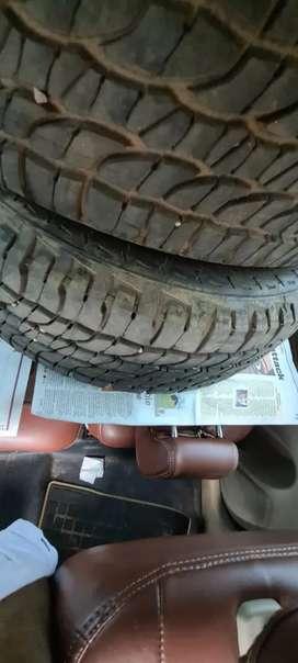 4 Michelline 235/ 65/R17 tyres