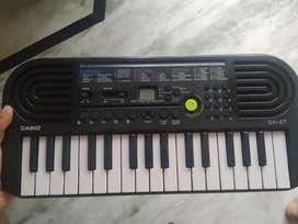 Casio SA-46 32 Mini Keys Musical Keyboard (Black  )