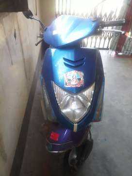 Honda dio new scooty full condition 40 mileage high speed
