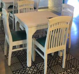 4 Chairs & 1 Table, All In Mint Condition.