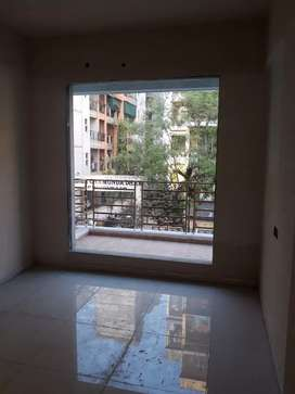 Available 1hk flat near by station