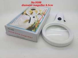 Kaca pembesar 9588 diameter 8.5cm dengan lampu 8 LED + Money Detector
