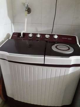 washing machine Voltas in good worling condition