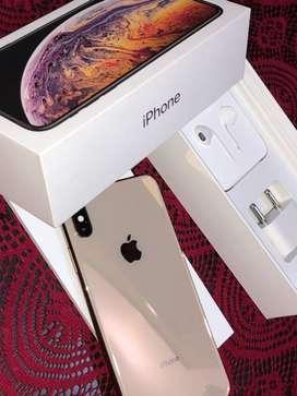 iPhone XS Max Gold 256 GB Under Warranty