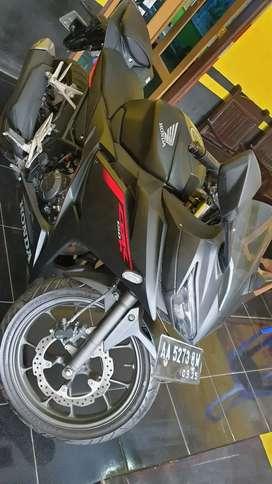 Honda CBR150R 2020 mulus seperti baru