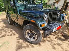 Mahindra Jeep 2002 Diesel 32000 Km Driven. Going abroad