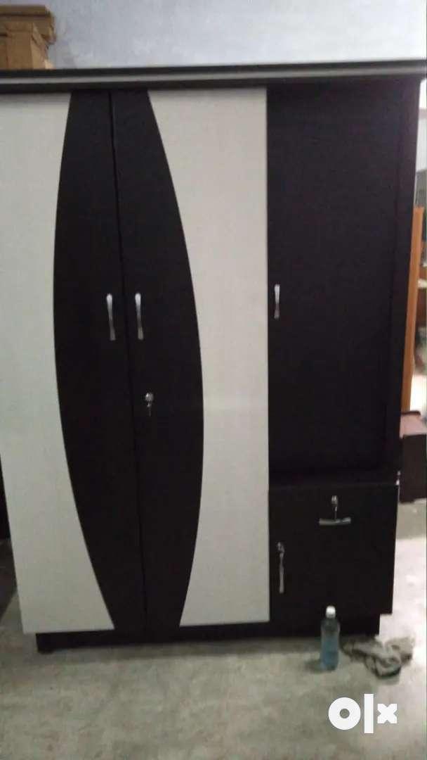 Brand new wardrobe three door for sala
