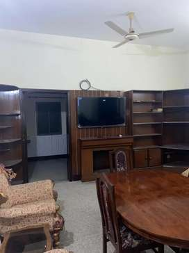 Boys/Bachalors furnished hostel