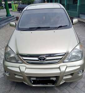 Toyota Avanza tipe G