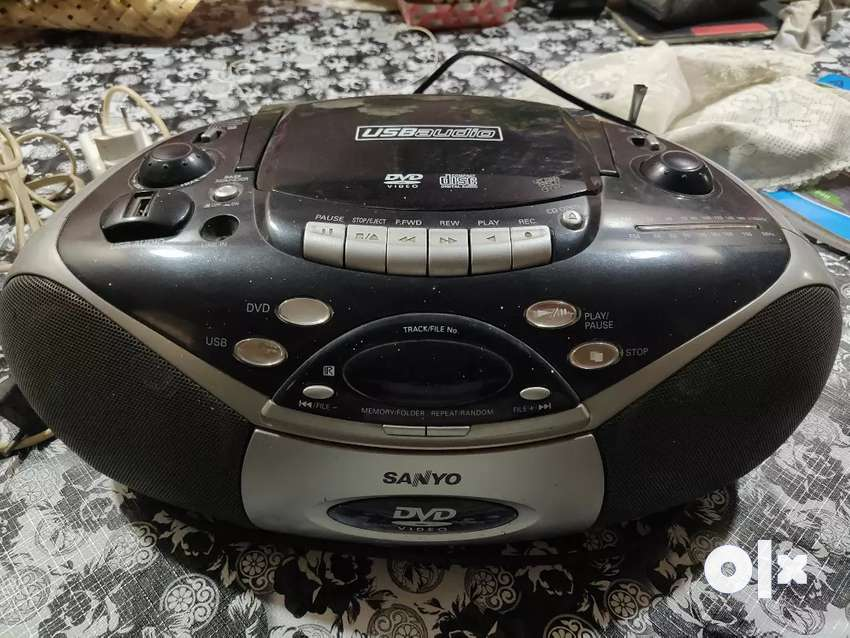 Sanyo audio system 0
