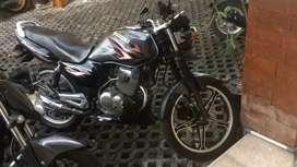 Suzuki Thunder 125 Abu-abu