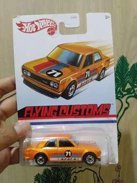 Hot Wheels Flying Custom '71 Datsun 510