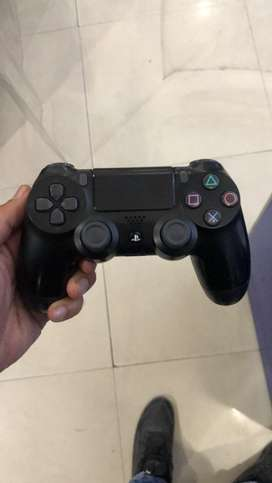 Ps4 controller used